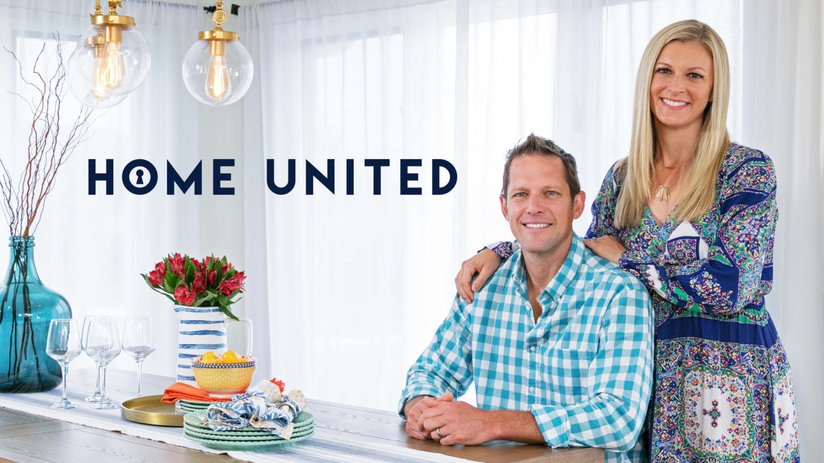 Chris and Peyton help newlyweds bridge a style divide in their cottage.